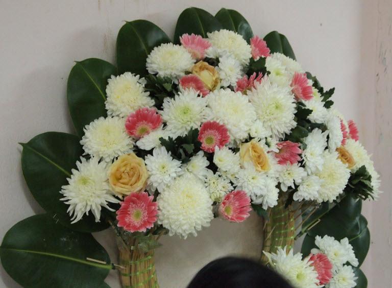 ปักดอกไม้